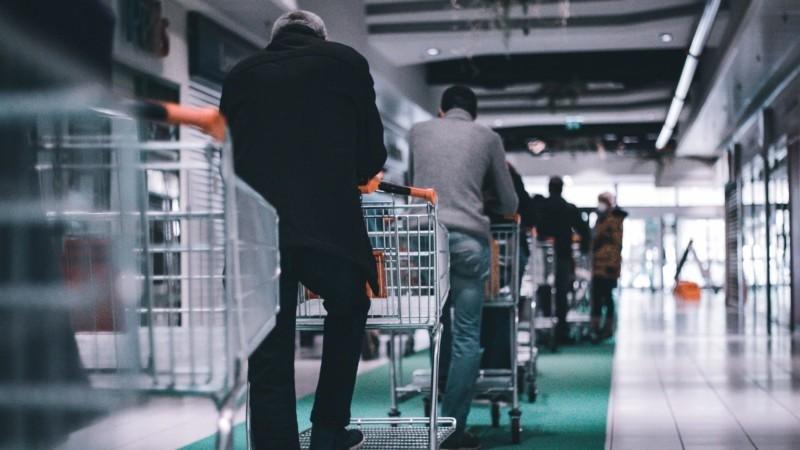 買い物の行列